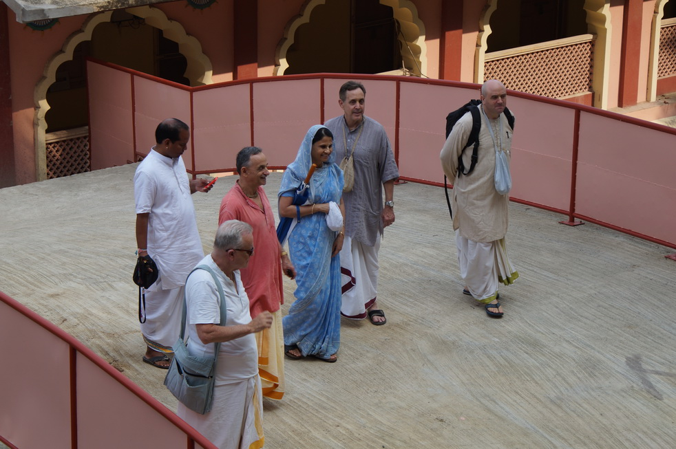 Ambarisha Prabhu and Svaha Mataji Visit TOVP