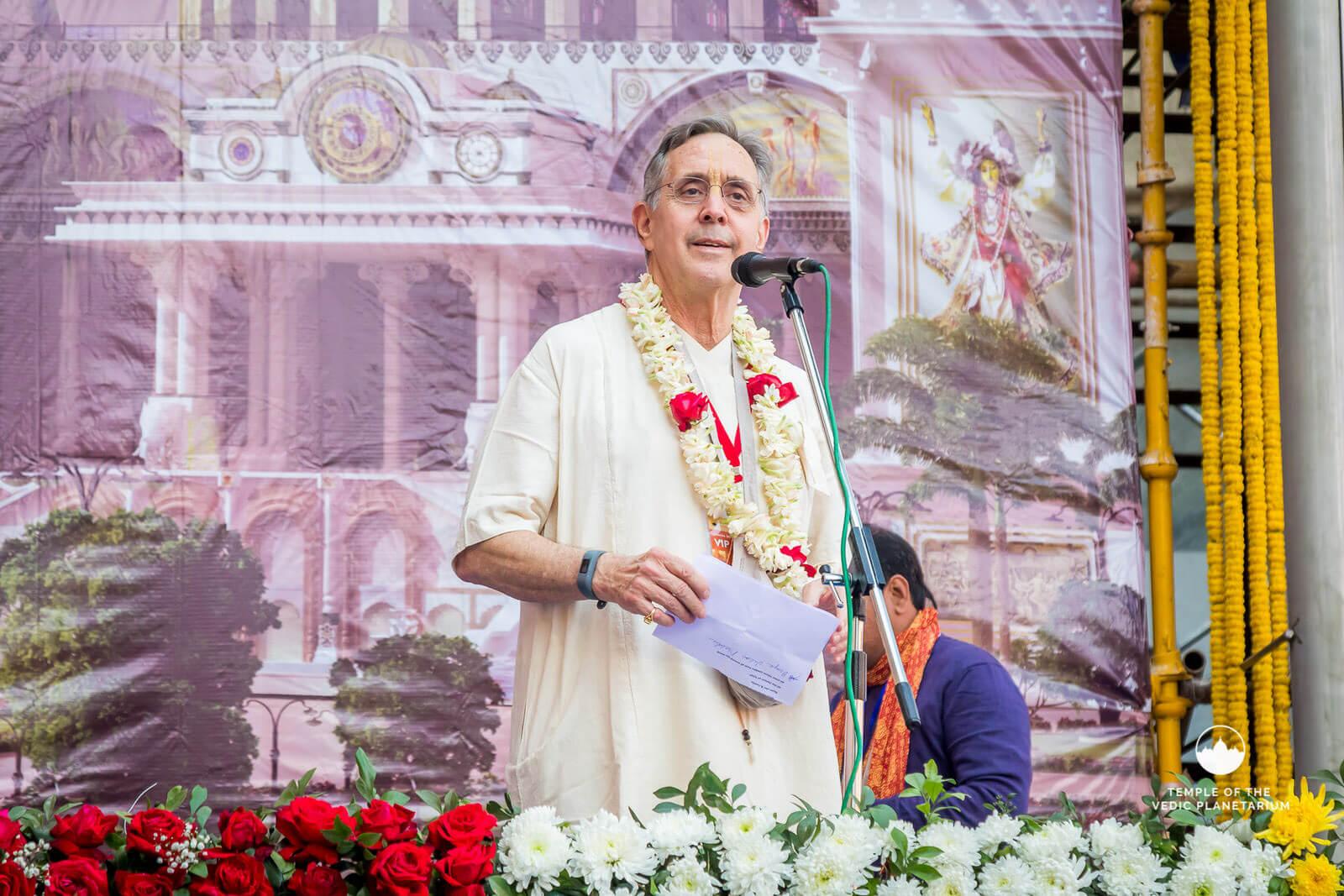 Ambarisa prabhu giving speech at TOVovp_chakra_installation_ceremony